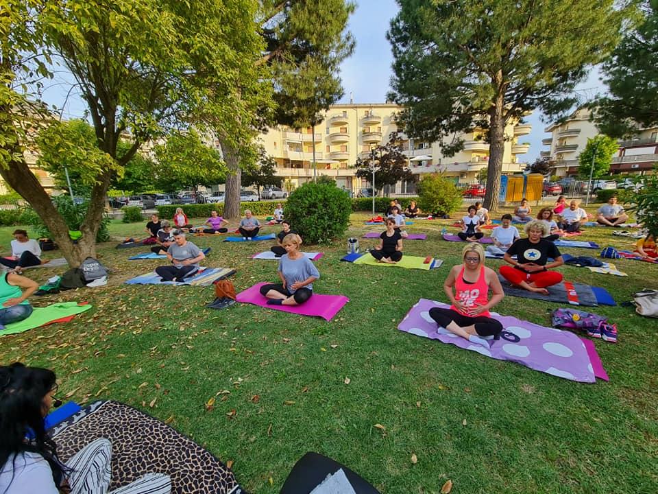 Summer Yoga: laboratori teatrali di prevenzione del Tumore al Seno